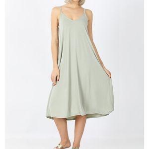 Light Sage Green Sleeveless Pocket Dress